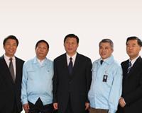 2008年习近平总书记听取张俊修会长和王永辉董事长...